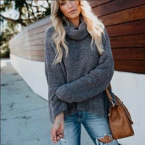 Vici collection gray cowlneck sweater